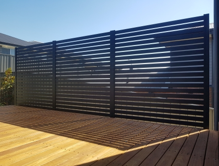 Aluminium privacy screen 1