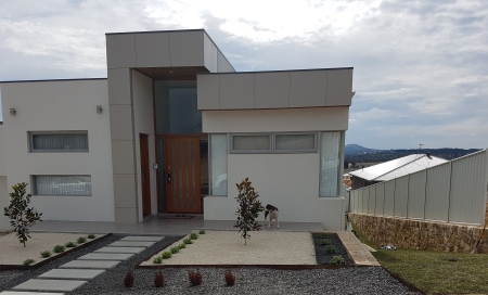Modern home with colorbond