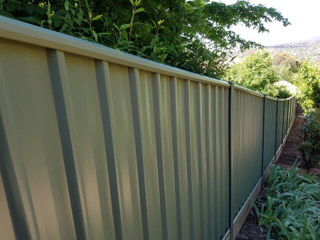 Raked colorbond fence 2