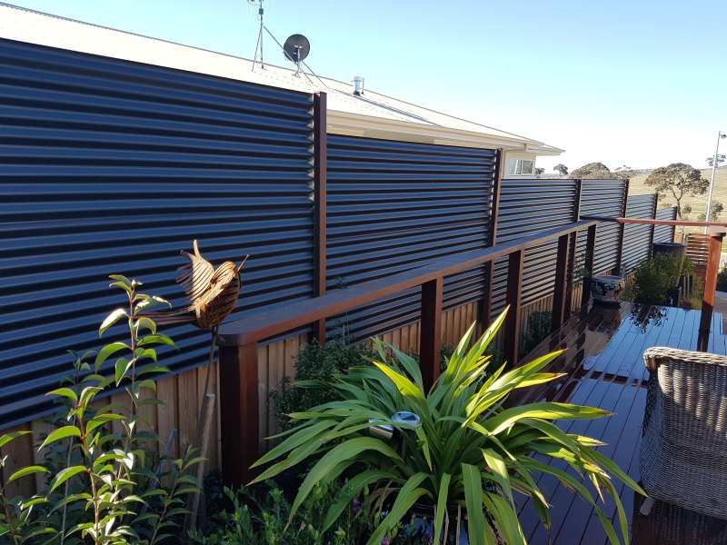colorbond fencing installations canberra